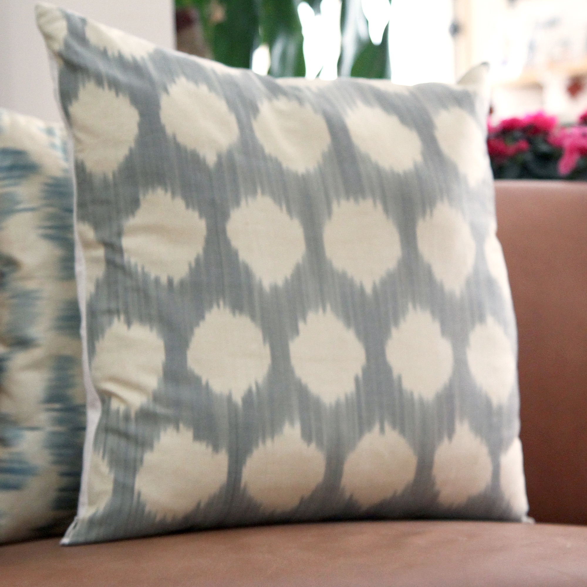 7495-silk-ikat-pillow