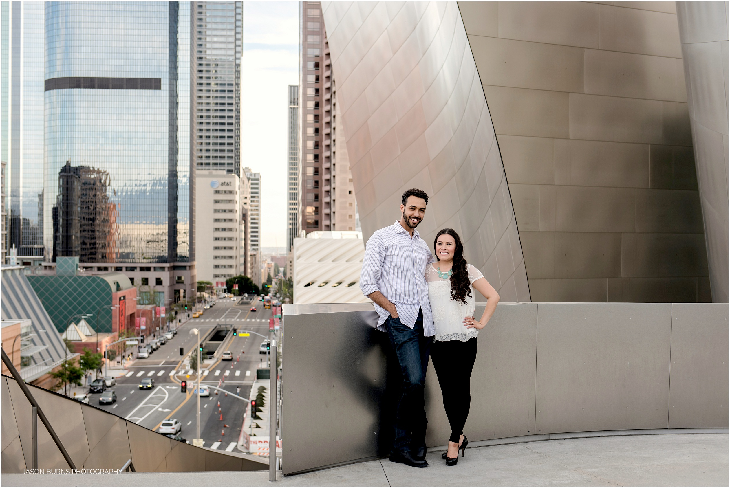 Los-angeles-engagement-session-the-last-bookstore14