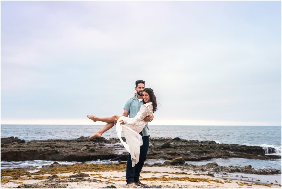 Victoria Beach Engagement Session 30