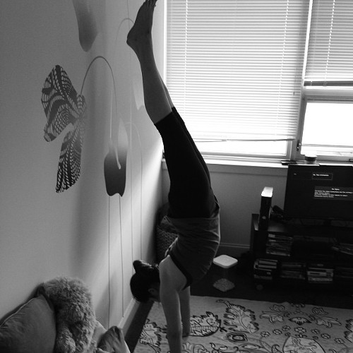 06_handstand