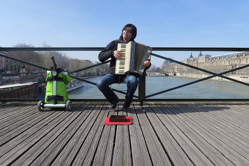 accordian player on the Ponte Nuef
