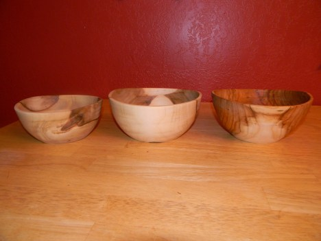 Turning Green Wood Into Bowls