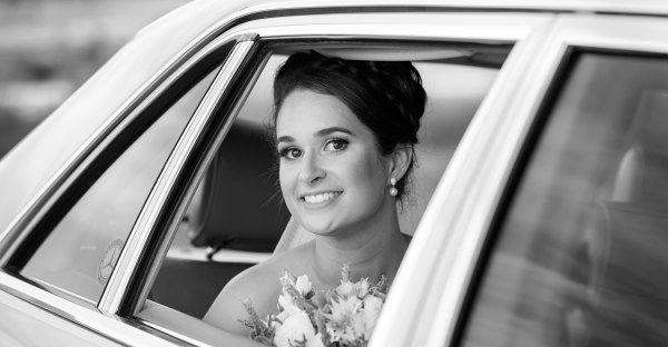 Bridal Photography with Bridal Car