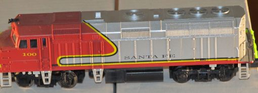 Life Like HO Scale Santa Fe F40PH Diesel Locomotive