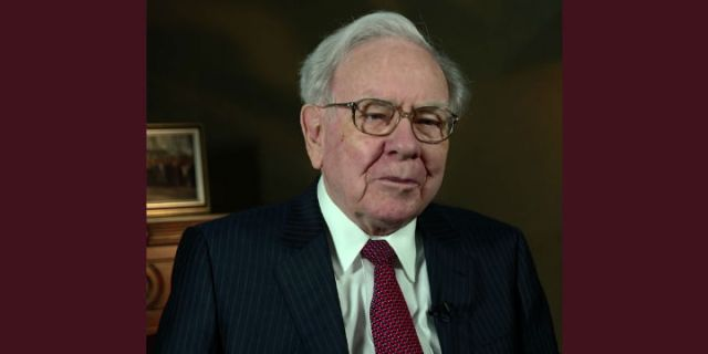 Is Warren Buffett Too Big to Beat the Market?