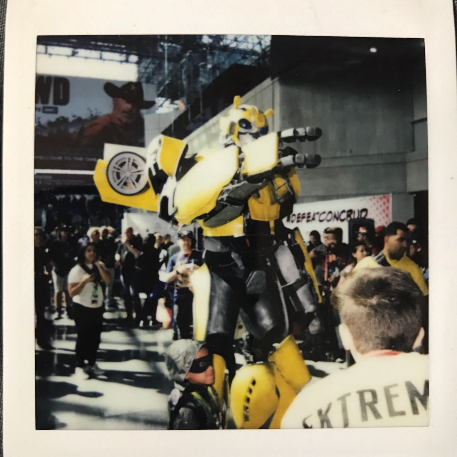 bumble bee cosplay at comic con