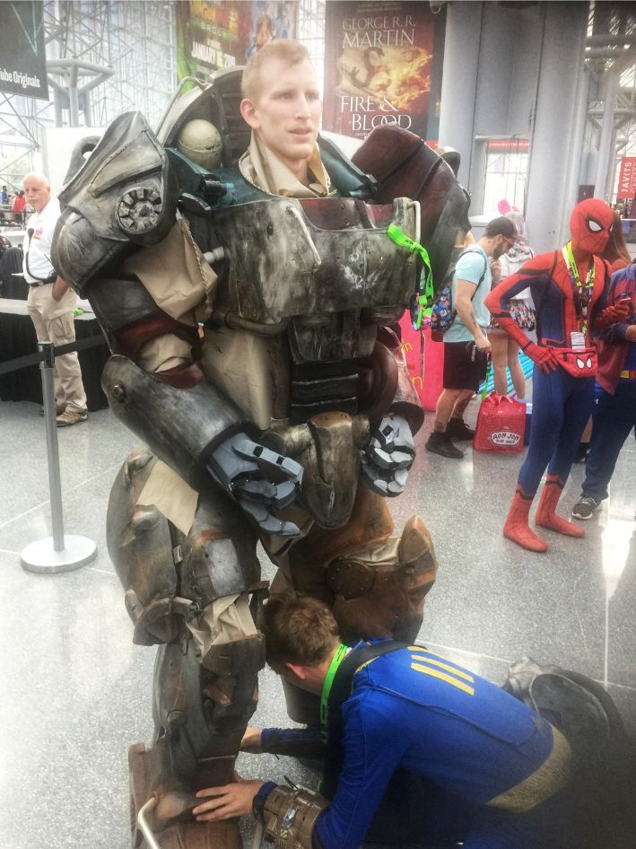fall out cosplay at comic con