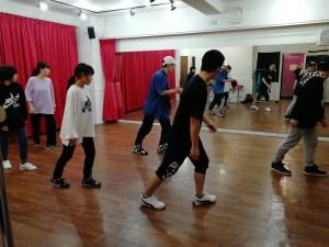 社会人のダンス
