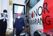 Khofifah Ajak Survivor Covid-19 Jatim Lakukan Donor Plasma Darah untuk Sembuhkan Pasien Corona