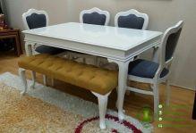meja-makan-minimalis-adelia