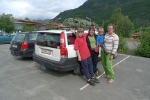 Gruppfoto vid Riddubilen