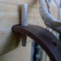 Remlås av renhorn till trämesen