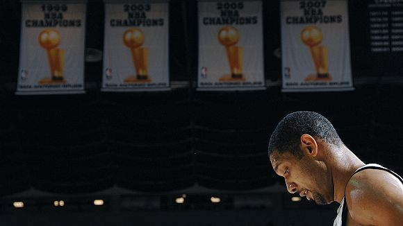 Spurs Championship Banners