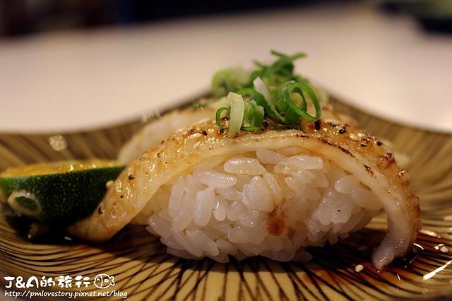 【捷運南京三民】喜樂手作壽司–比目魚鰭邊肉入口即化,香氣十足! – J&A的旅行