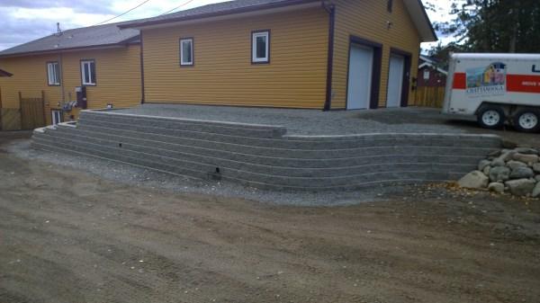 driveway allan block retaining