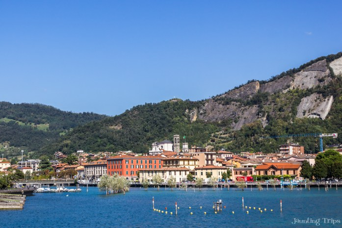 lake-iseo-colorful-town-sarnico