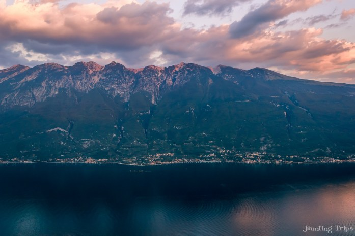 lake-garda-landscape-view