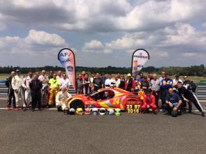 Les 35 Pilotes des 12 équipes de ce 11ème Trophée Claude l'Huillier en FUN BOOST !