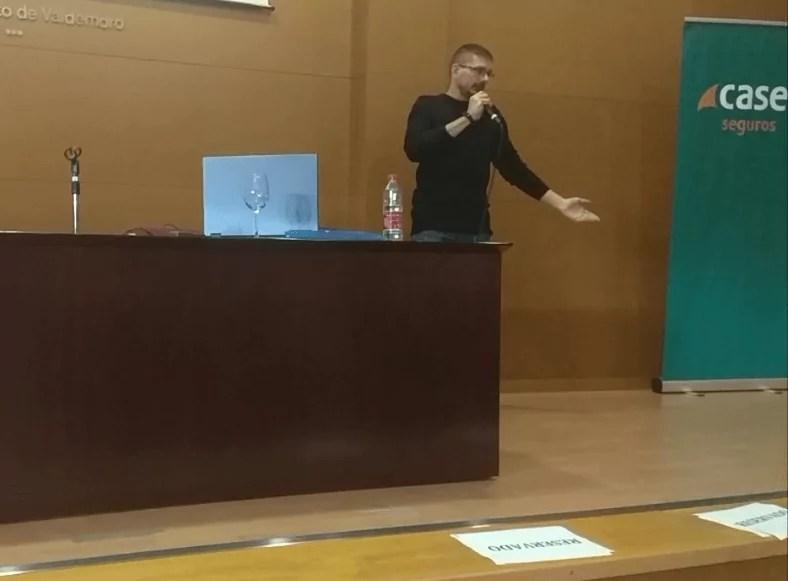 Ponencia redes sociales en el centro de empresas de Valdemoro