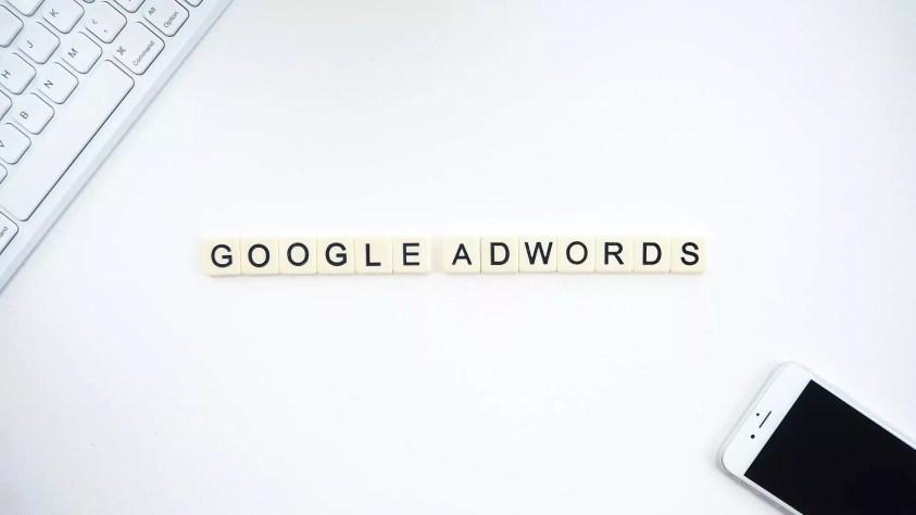 Campañas de Google Ads sign