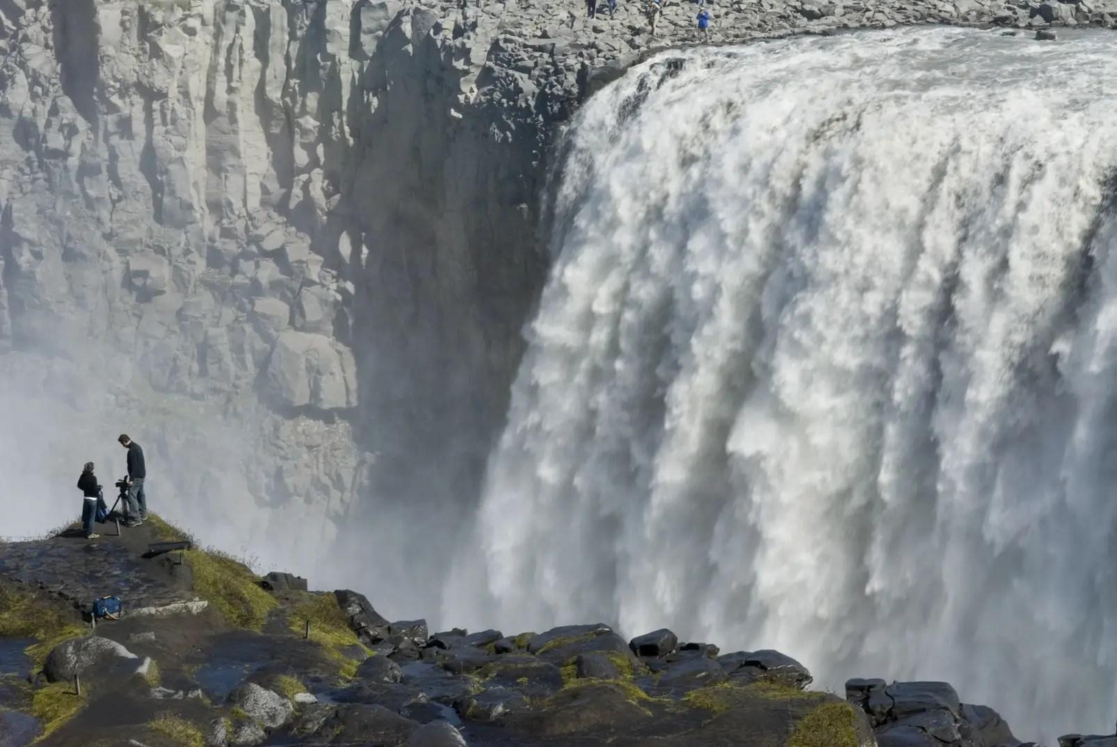 Iguazu Falls Hd Wallpaper Recorriendo Las 10 Cataratas Mas Asombrosas Del Mundo