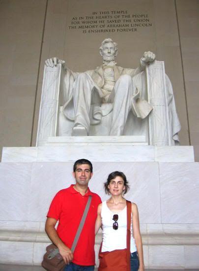 ¡¡ Definitivamente, es Lincoln, no un simio !!
