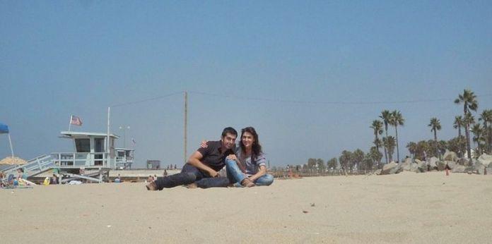 Nosotros en la playa de Venice (Los Angeles, California), muy cerca del local de ensayo de THE DOORS