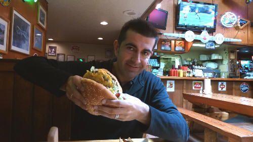En Oregon, en 2011, comimos la hamburguesa mas grande hasta la fecha