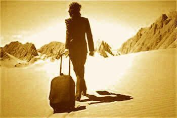 El ser humano es un viajero a través de una desconocida senda que es la vida (J. Aristín)