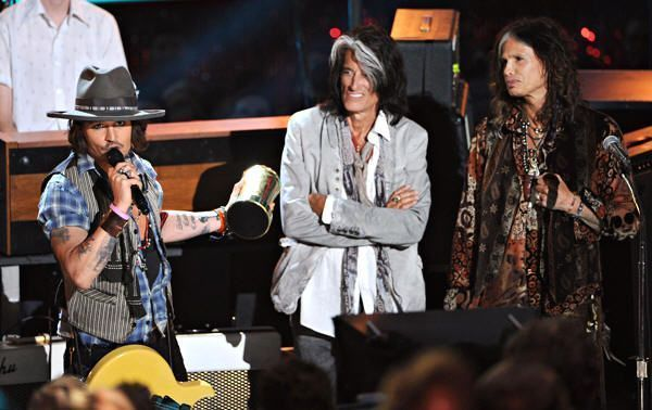 Johnny Depp y Aerosmith. MTV Movie Awards 2012