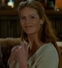 "Elle MacPherson en El Desafío (""The Edge"", 1997)"