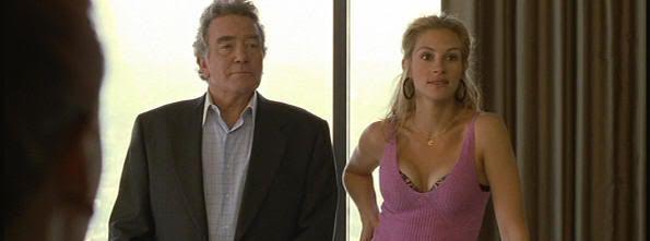 "Albert Finney y Julia Roberts en ""Erin Brockovich"""