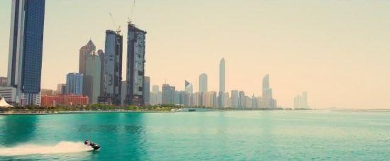 """Abu Dhabi en """"Furious 7"""" (2015)"""