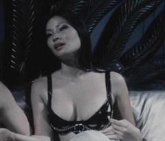 "Lucy Liu en ""Payback""(1999)"
