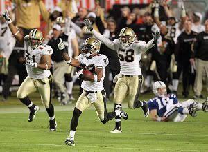 Una de las jugadas de la final de la Super Bowl entre los Saints de Nueva Orleans y los Colts. Foto: AP - MATT SLOCUM
