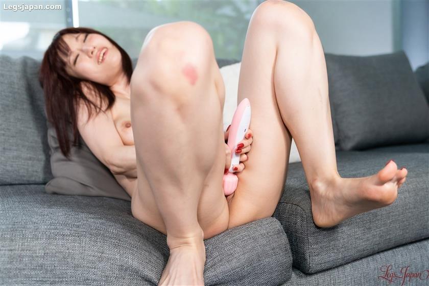 Legs Japan - Naked Masturbation - HQ