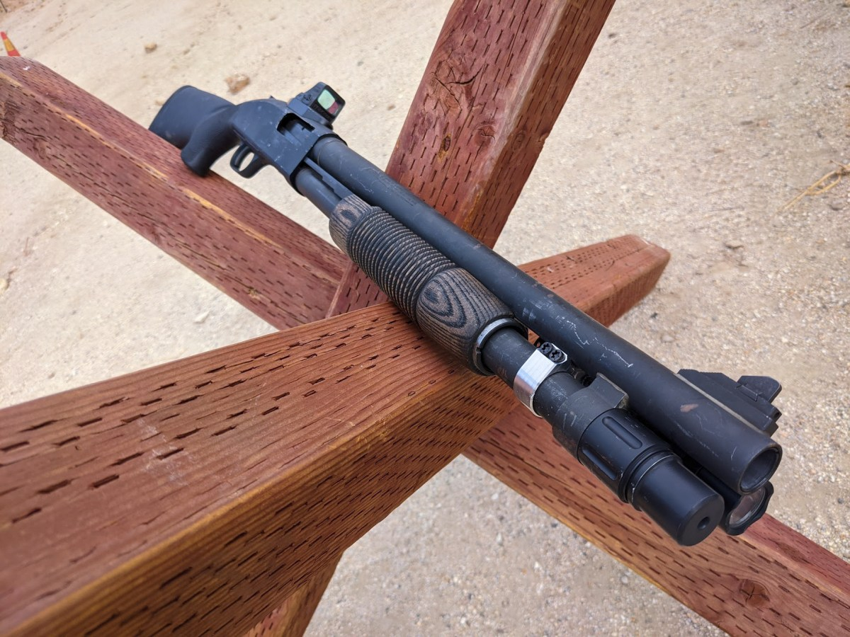 Mossberg 590A1 with Jawbone RMR Mount