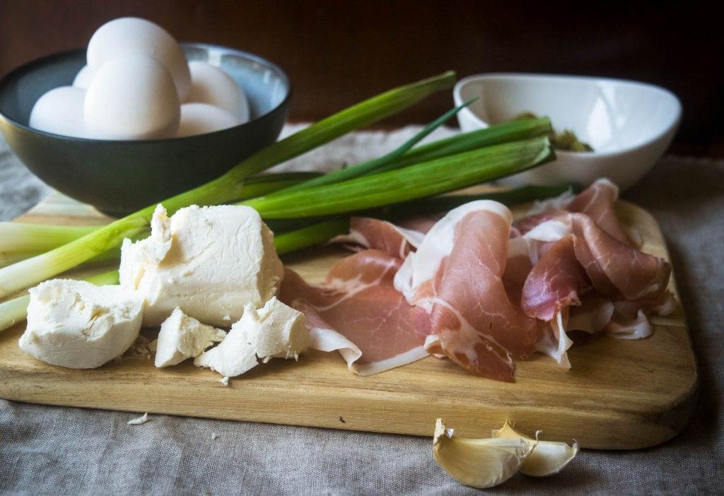 eggs prosciutto goat cheese