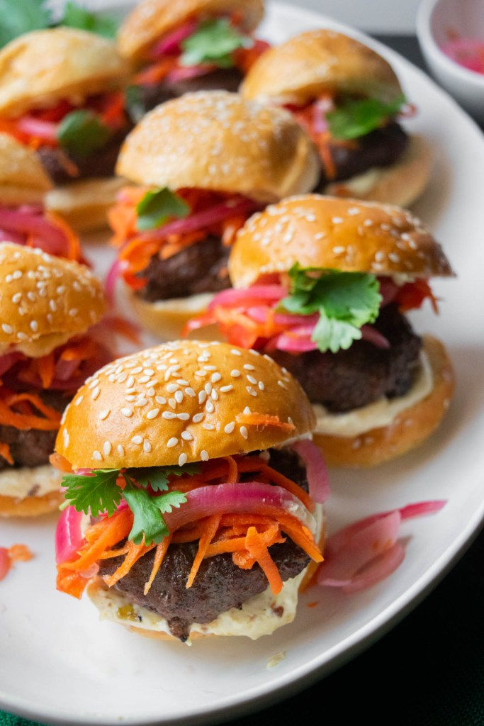 thai burger sliders with green curry mayo
