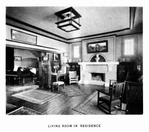 Klutho living room