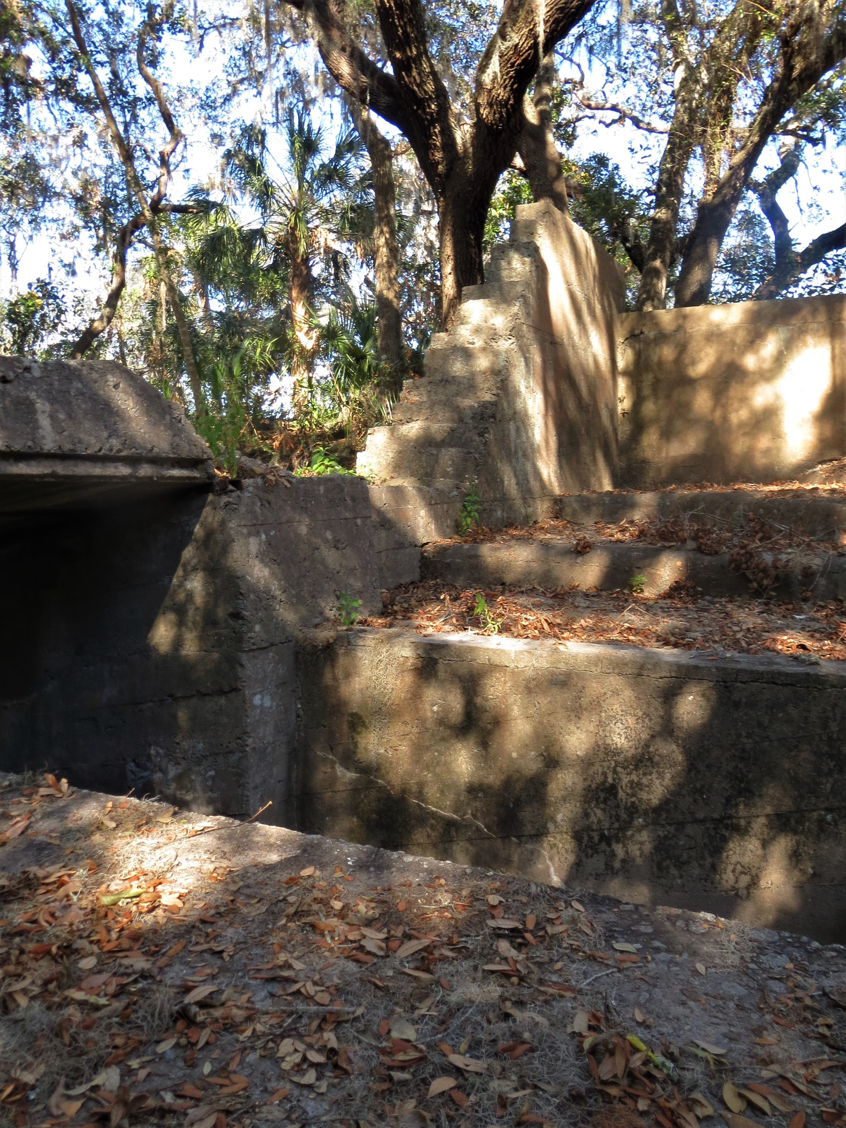 Fort Caroline: Spanish American War Battery | jaxpsychogeo