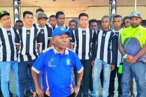 Bupati Jayapura bersama Tim U14