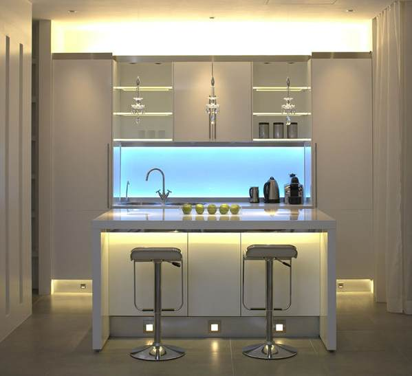 contoh-deko-dapur-kecil-modern-minimalis-nan-mewah-dengan-mini-bar