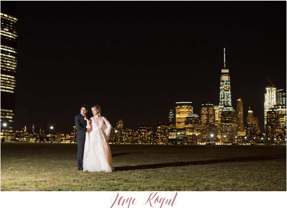 liberty house wedding photos, NYC skyline weddings