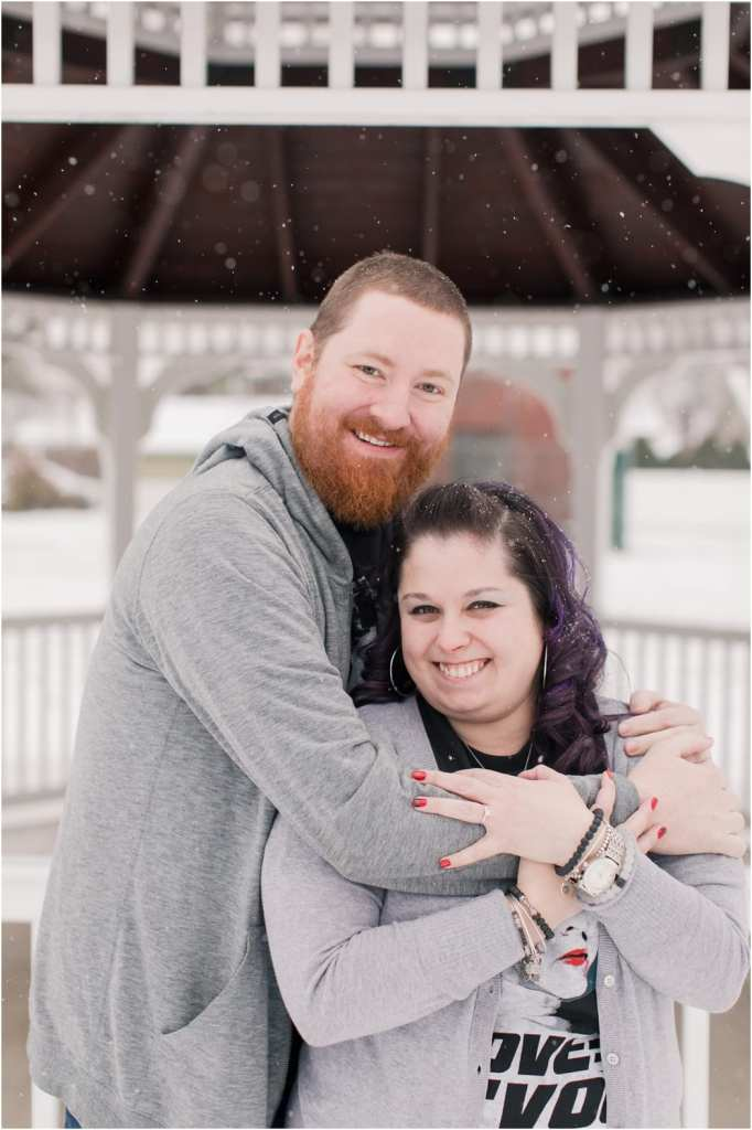 wintery engagement photos