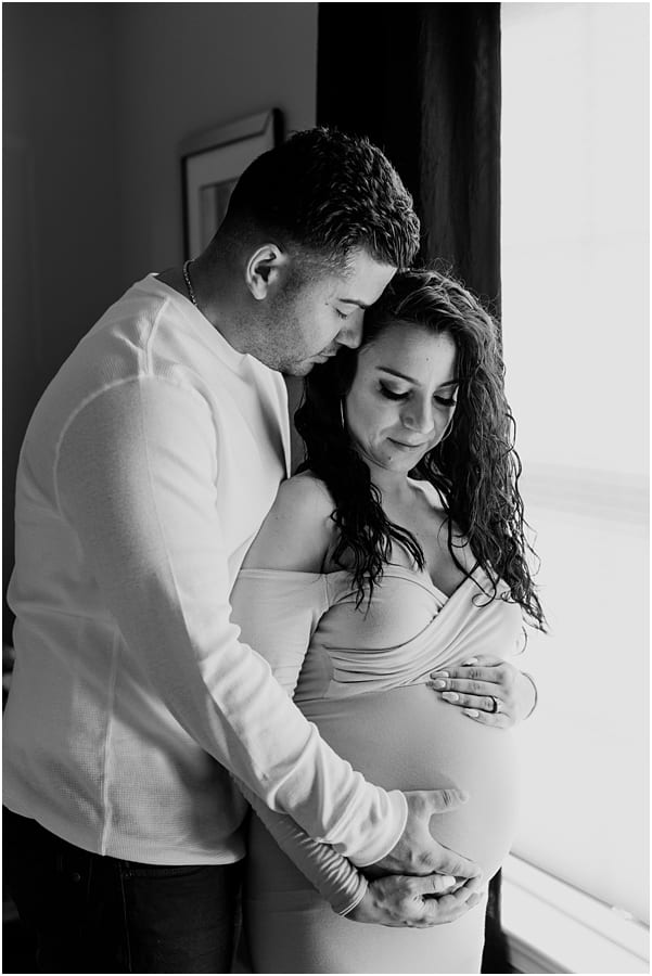 in home maternity portraits