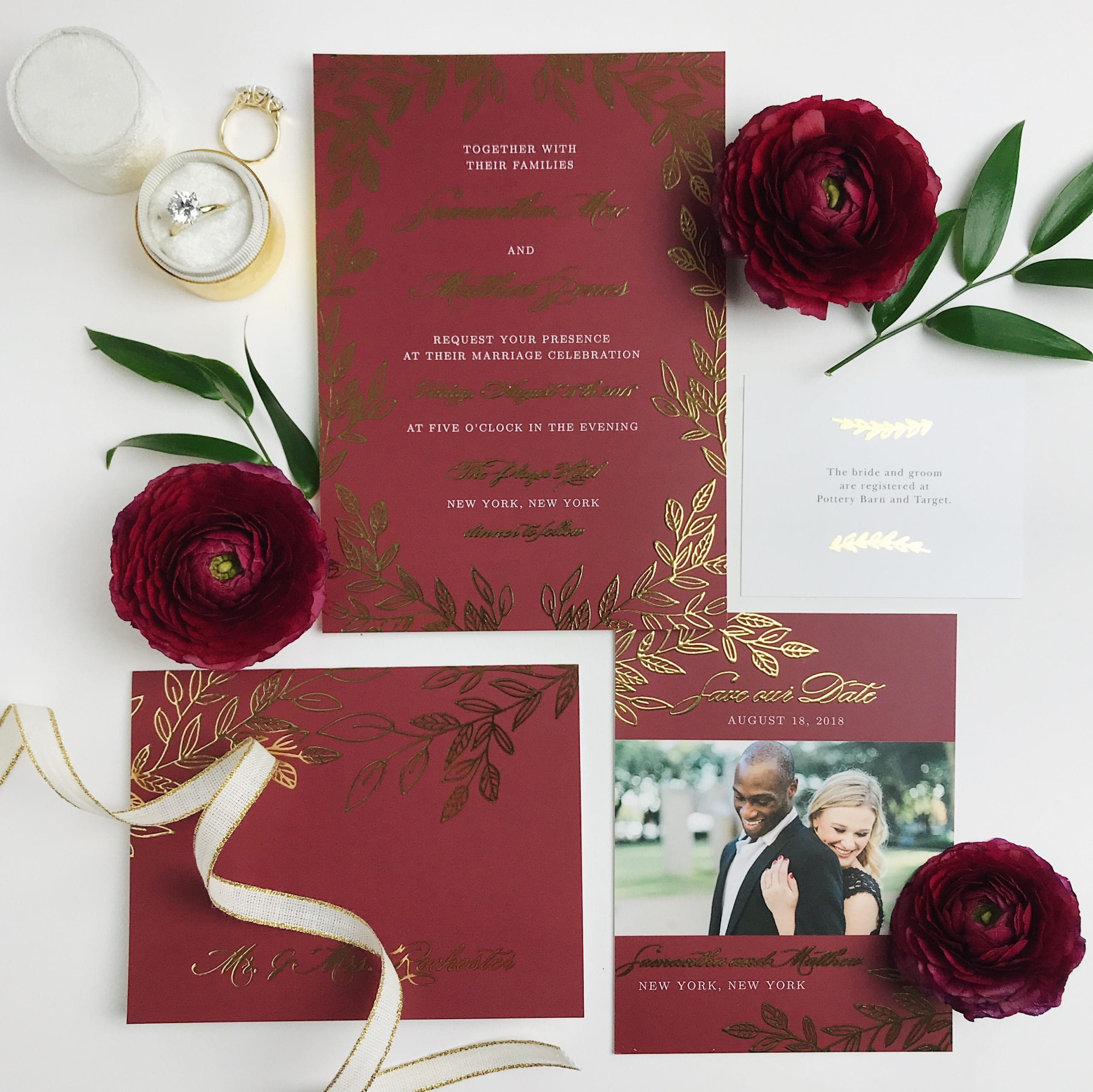 Wedding Invitation Tips and FREE Printable Wedding Planner!
