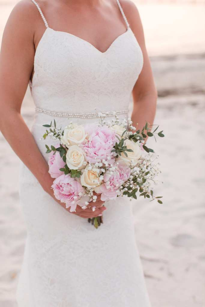 Darcy Myers floral, bridal bouquet photo, New Jersey shore wedding