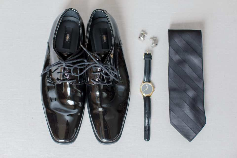 classic groom accessories,