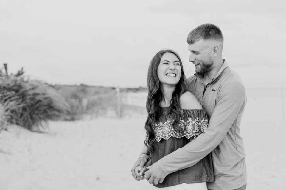 black and white beach casual engagement session